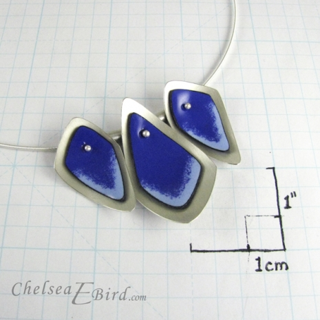 Chelsea Bird Designs Flame 3 Piece Blue Necklace Size