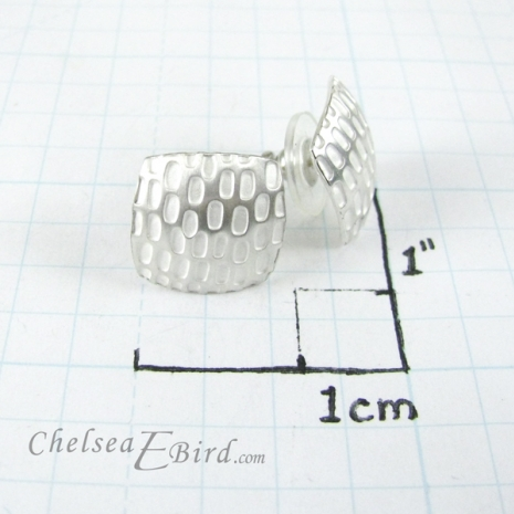 Chelsea Bird Designs Pixel Large Square Silver Studs Size
